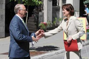 Montreal Mayor gerald tremblay and Principal Heather Munroe-Blum at the ceremonial opening of McTavis St. as a pedestrian zone on May 28. / Photo: Owen Egan