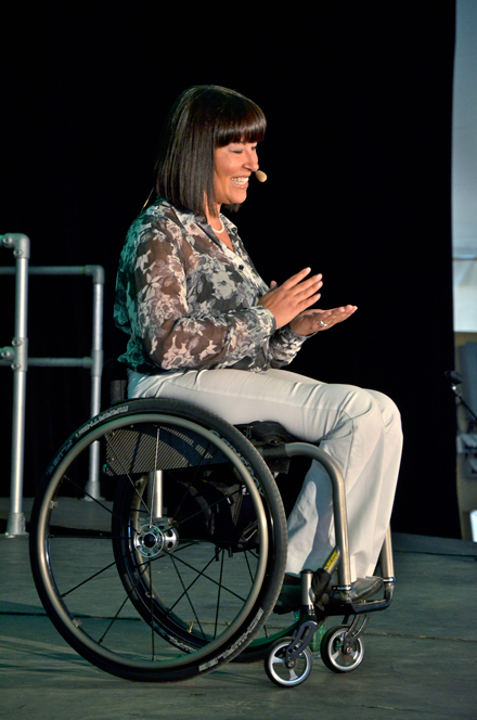 Chantal-Petitclerc-at-CACUSS-2013-(McGill)---Photo-Credit-Jonathan-Hope-(3)[8].web