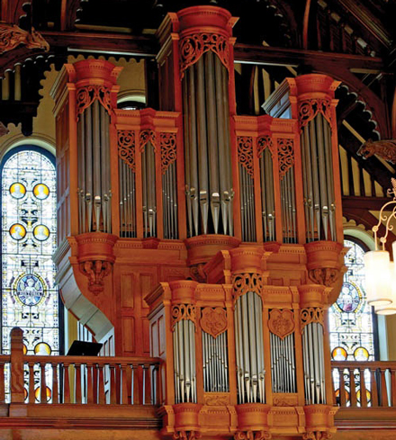 The pipe organ in Redpath Hall.