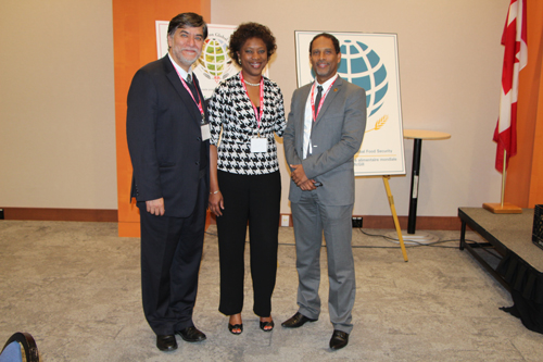 (From left to right): Dr. Hugo Melgar-Quinonez, Director, McGill Institute for Global Food Security; Dr. Audia Barnett, Inter American Institute for Cooperation in Agriculture Representative to Canada; and the Hon. Michel Chancy, Secretary of State for Animal Production, Ministry of Agriculture, Haiti at the Global Food Security Conference. / Photo: Dr. Caroline Begg
