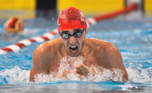 McGill's Pierre-Alexandre Renaud of won two gold medals and a pair of silvers to go along with his second swimmer-of-the-meet award of the season at the third Coupe de Quebec swim competition this season, held Saturday at CEPSUM pool on the campus of Universite de Montreal. / Photo: Simon Poitrimolt