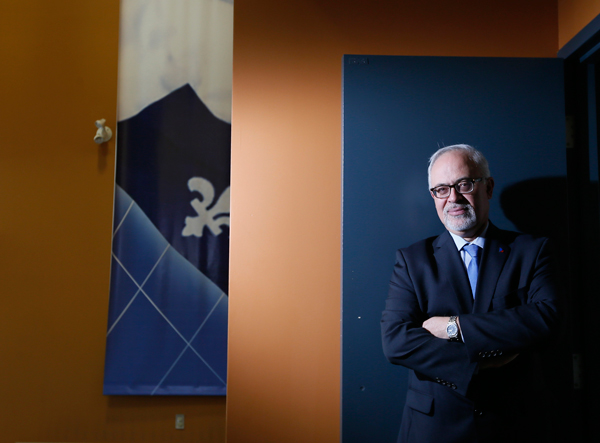 Quebec finance minister Carlos Leitao, BA'79, was once ranked as the world's second best economist by Bloomberg News. / Photo: Christinne Muschi