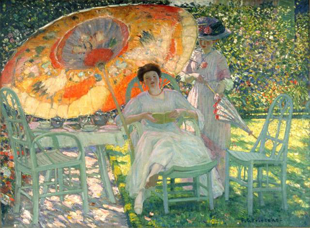 The Garden Parasol, by Frederick Frieseke. At the end of the 19th century, people used umbrellas, long sleeves and hats to avoid sun tanning effects.