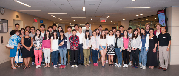 International Summer Program class of 2014 with Desautels staff. / Photo: Edmond Chung