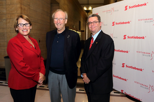 Principal Suzanne Fortier, philanthropist Jack Rabinovitch and Christopher Manfredi, Dean of the Faculty of Arts at the event in Moyse Hall. / Photo: Owen Egan