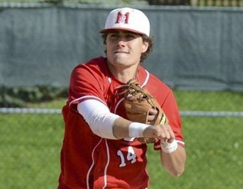 Shortstop Tyler Welence had three hits and three RBIs in the baseball Redmen's 4-2 win over the Montreal Carabins.