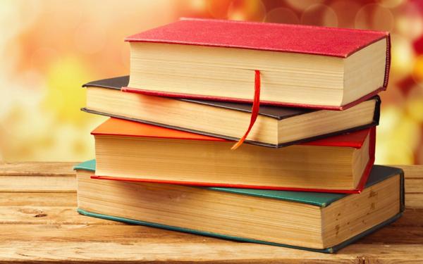 Books-Bokeh