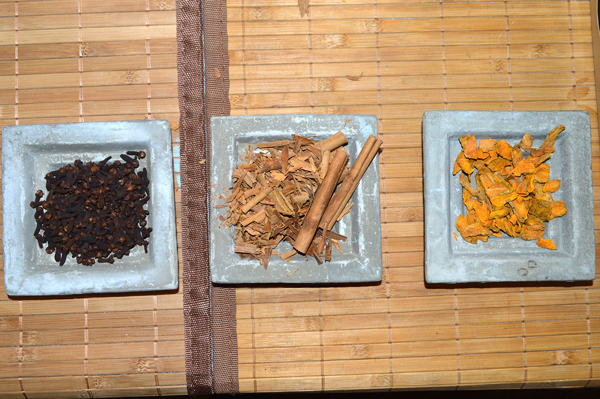 Arayuma spices grown, harvested and traded according to Fair Trade standards.  / Photo: Galitt Araf