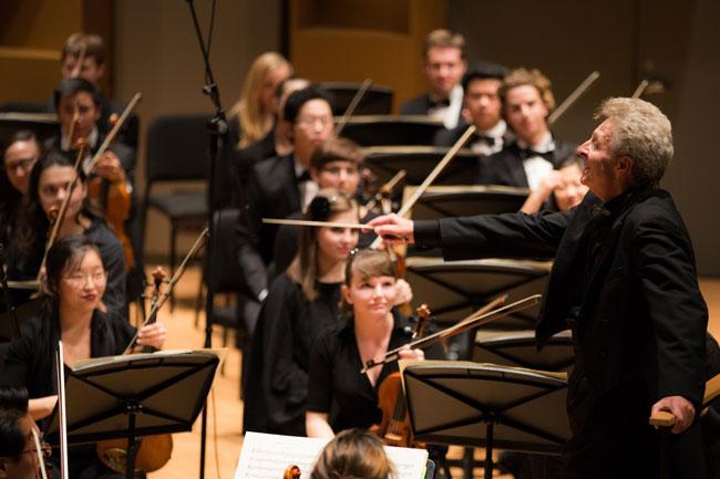 Cette année, l'École de musique Schulich a ajouté de nouvelles séries de concerts à son calendrier de quelque 700 événements par année. / Photo: Brent Calis