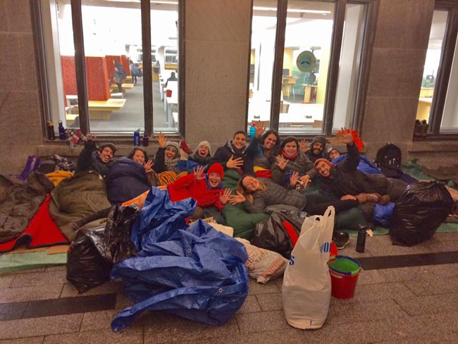 McGill students bed down for the night on the Redpath terrace as part of the nationwide 5 Days for the Homeless fundraising campaign.