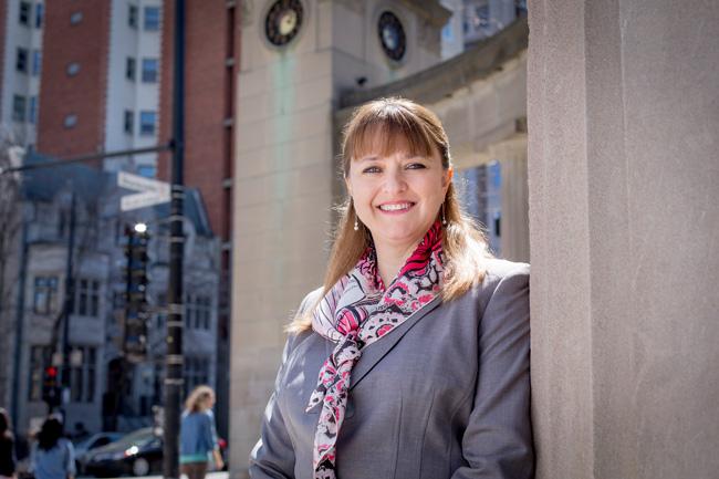 Française d'origine, Isabelle Bajeux-Besnainou s'est jointe à McGill après 21 ans à l'Université George Washington, où elle a été professeure et vice-doyenne de l'école de gestion. Photo : Christian Fleury
