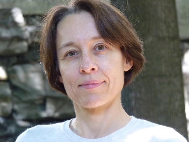 Isabelle Daunais, titulaire de la Chaire de recherche du Canada sur l'esthétique et l'art du roman