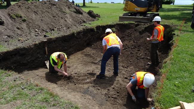 L'équipe de McGill effectuera des fouilles dans quatre tranchées creusées sur le site de la Maison Nivard-De Saint-Dizier, près du parc George-O'Reilly, à Verdun.
