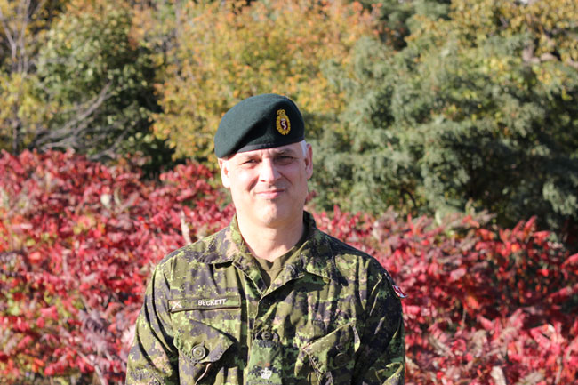Dr. Andrew Neil Beckett, a Canadian Armed Forces Major and combat surgeon rings his experience and expertise to the MUHC's Trauma Centre. Photo: Gilda Salomone
