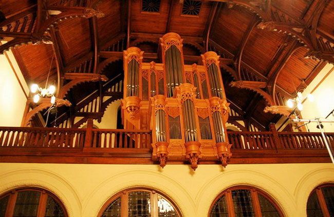 organ-Redpath-Hall