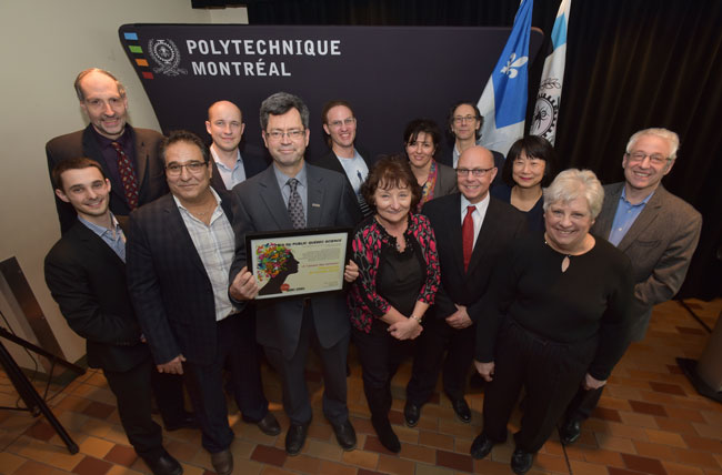 Professor Sylvain Martel and the Nanorobotics' lab at Polytechnique Montréal received Québec Science's « Decouverte de l'annee 2016 – Prix de Public » on March 3.
