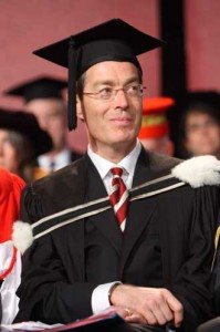 Nicholas Kasirer presides over the Facilty of Law's Spring 2009 Convocation Ceremony, his last as Dean. / Photo: Claudio Calligaris